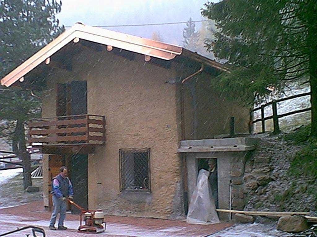 edificio unifamiliare ai Fondi