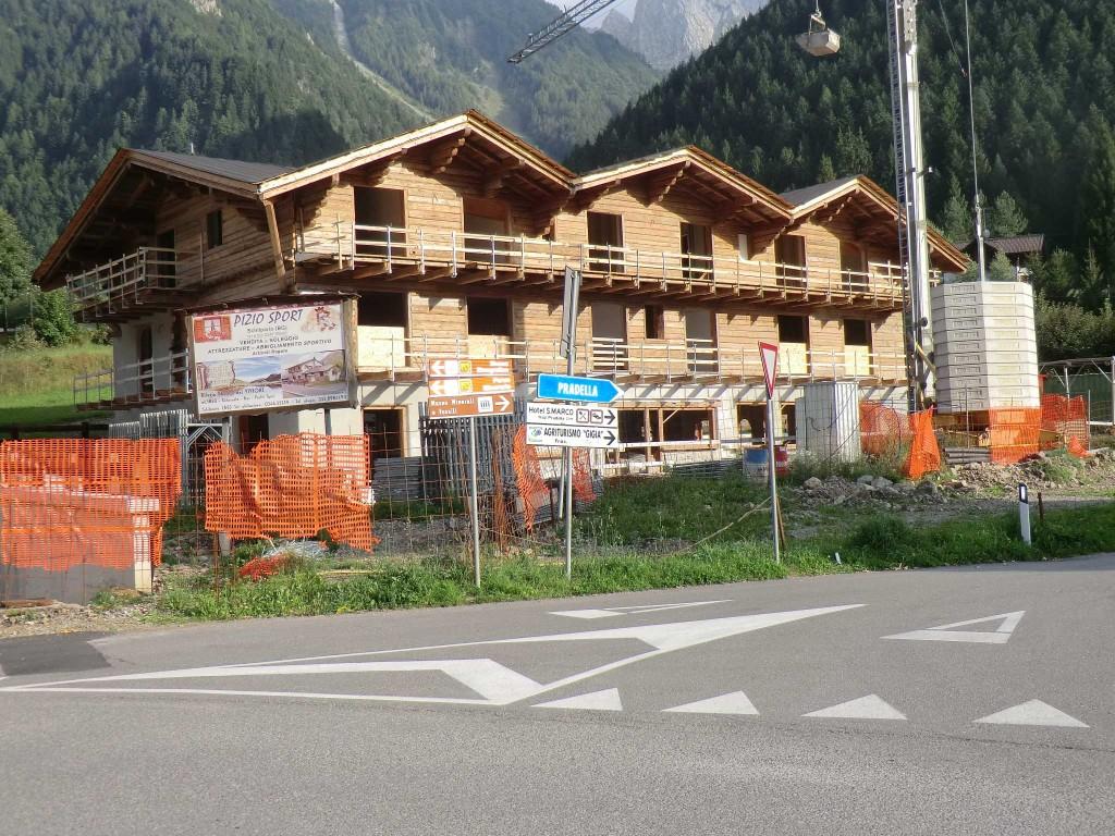 didascalia nuobo albergo a Schilpario